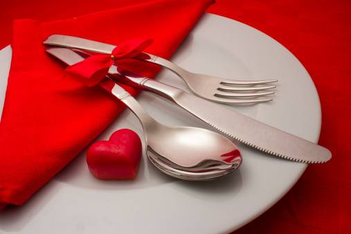 Sapte idei pentru aranjarea unei mese festive