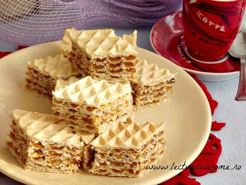 napolitana cu crema caramel