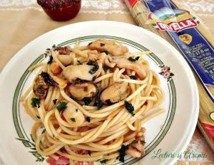 spaghete cu fructe de mare