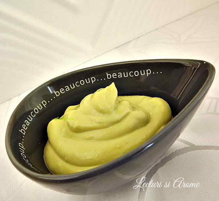 mousse de avocado