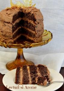 tort cu mascarpone si ciocolata