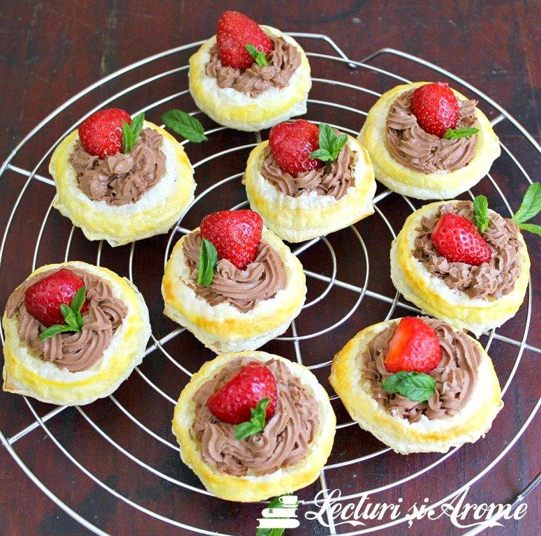 tartă cu căpșuni