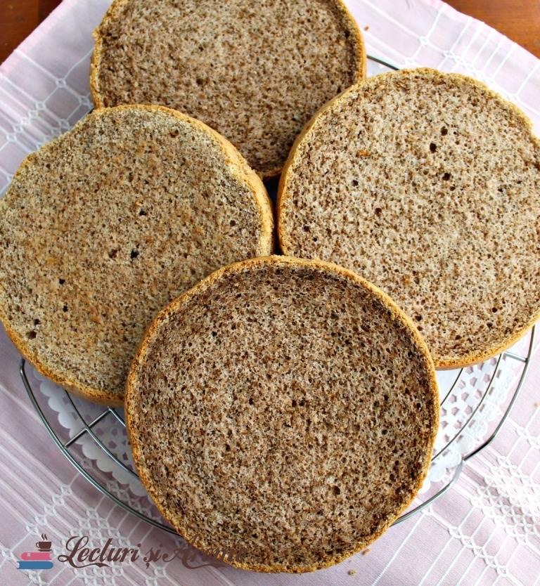 blat de tort cu nuca