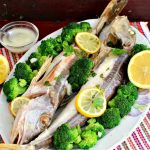 Randunica de mare la cuptor cu garnitura de broccoli