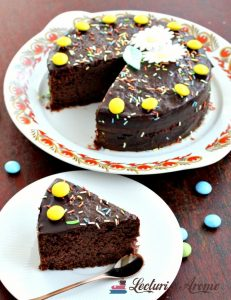 tort vegan cu crema de ciocolata si visine