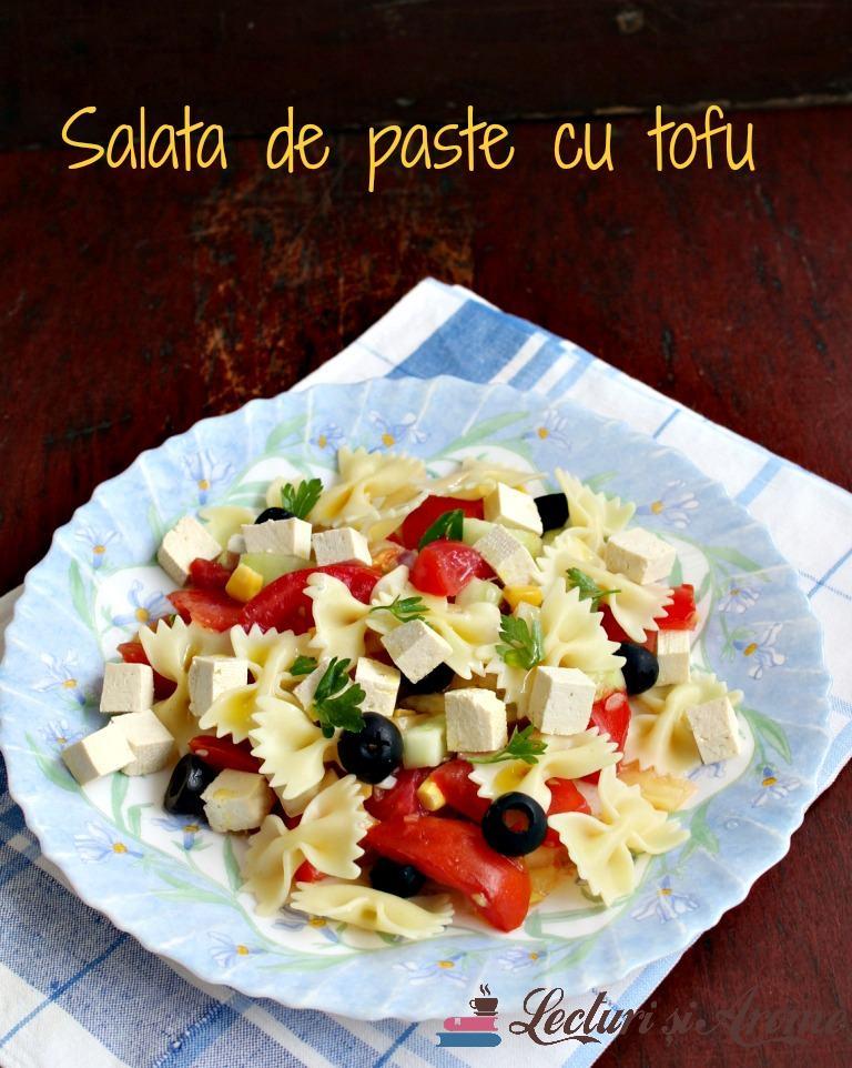 salată de paste cu tofu