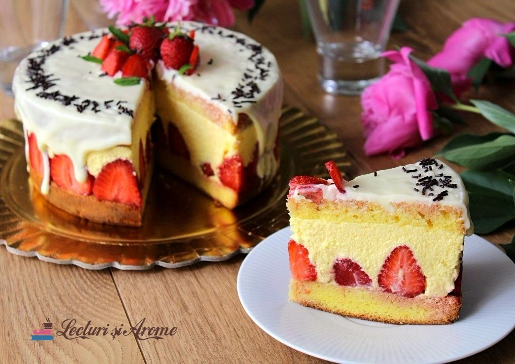 Tort cu cremă de vanilie și căpșuni (Tort Fraisier)