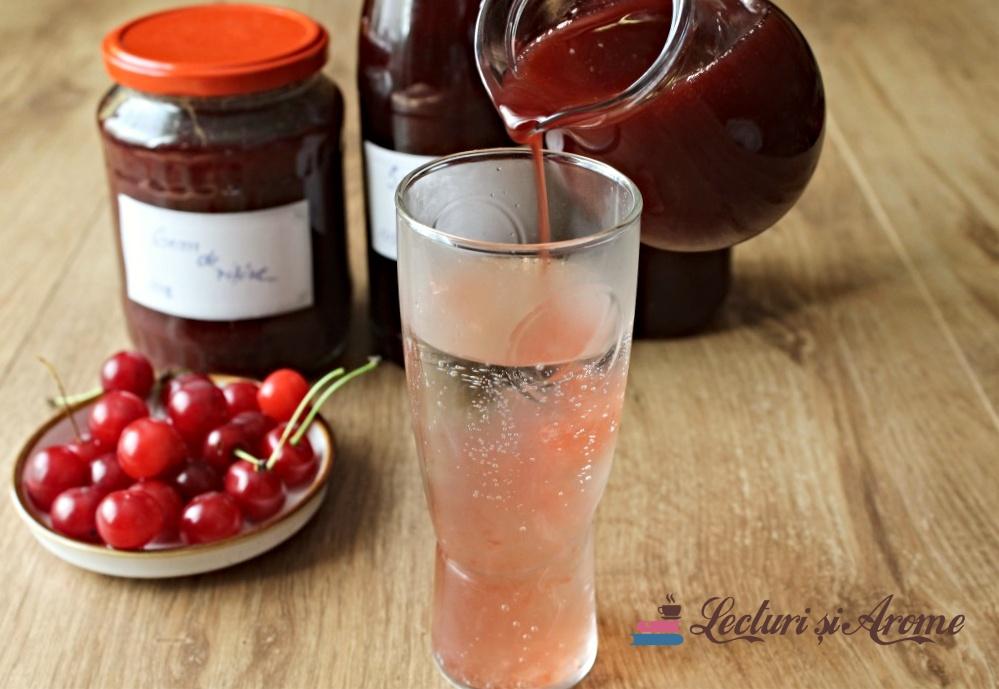 Sirop de vișine pentru iarnă făcut din fructele întregi