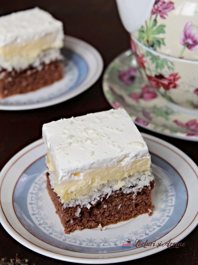 floare de colț prăjitură fină cu cremă vanilie