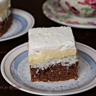Prăjitură Floare de colț, prăjitură fină, cu cremă de vanilie