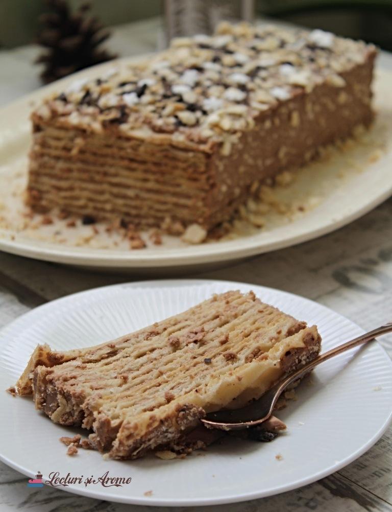 tort cu foi de napolitană și ciocolată Lecturi și Arome