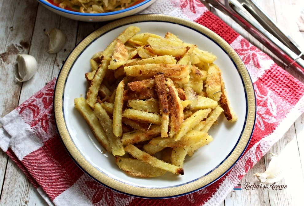 cartofi crocanți cu pesmet la cuptor