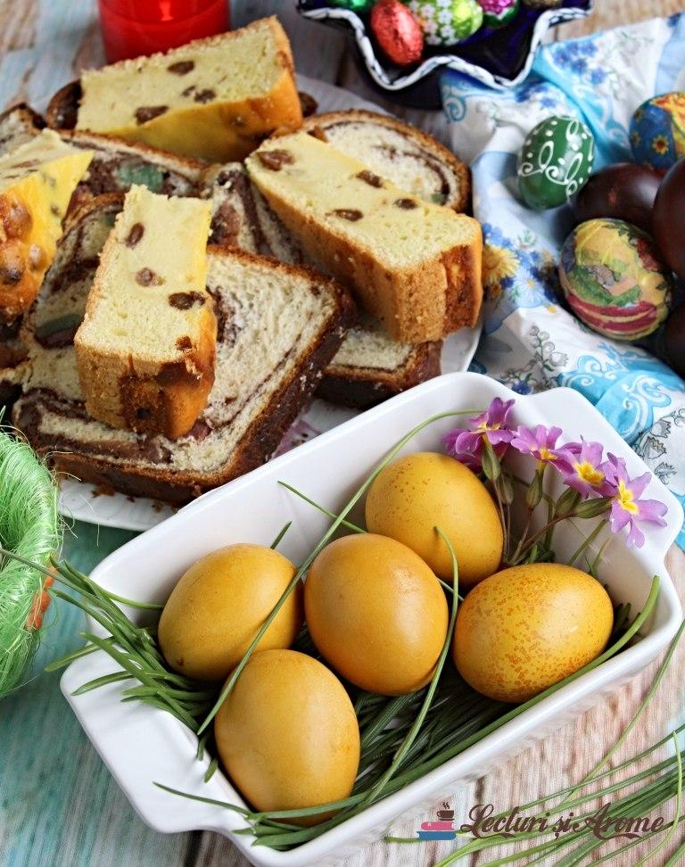 ouă vopsite natural cu turmeric