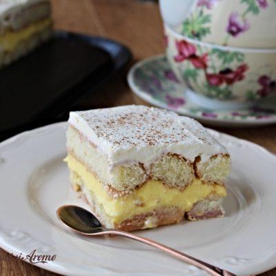 Prăjitură cremșnit cu piscoturi