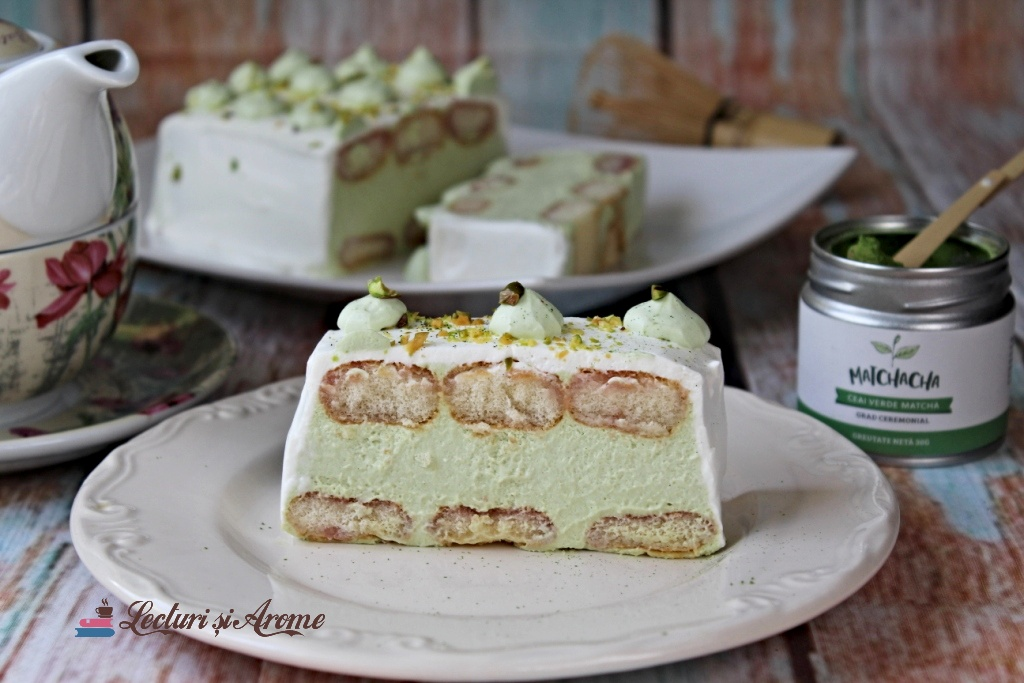 prăjitură cu matcha