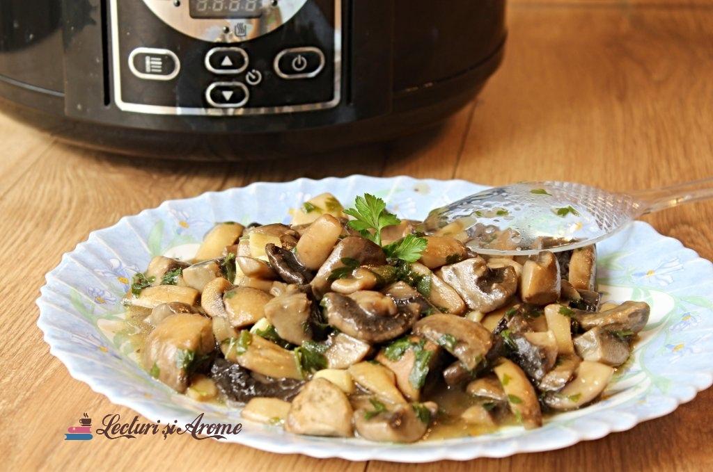 ciuperci în sos de unt la slow cooker