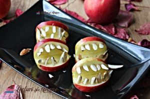 guri înspăimântătoare din măr