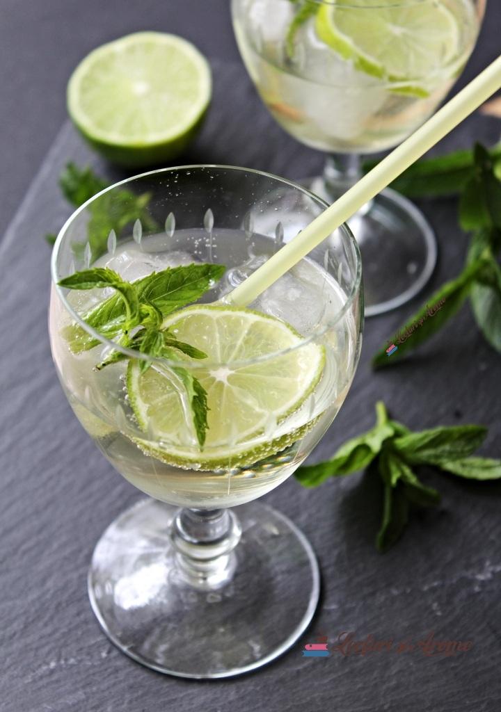 cocktail hugo cu lime si processo