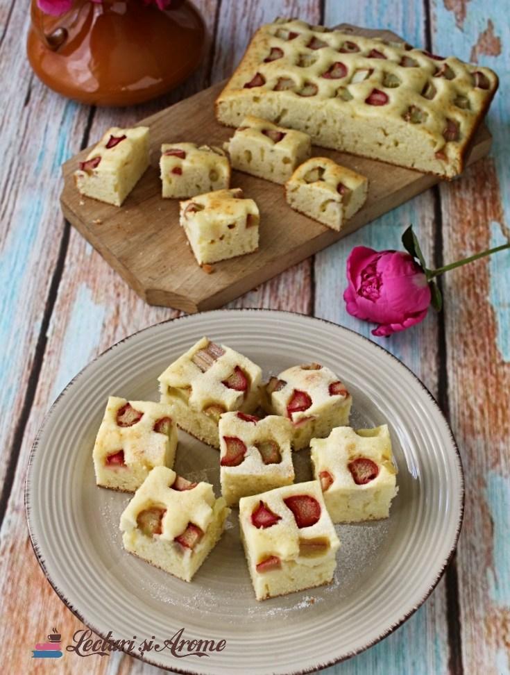 prăjitură cu rubarbă și iaurt sau lapte bătut