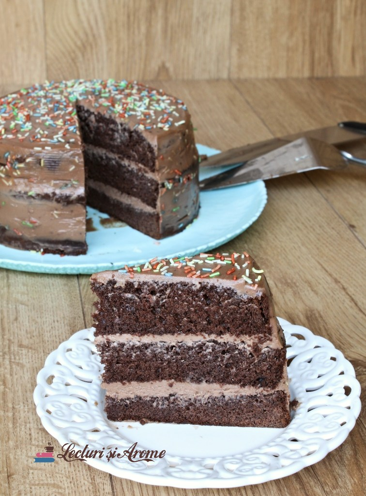 tort cu cremă de ciocolată și mascarpone